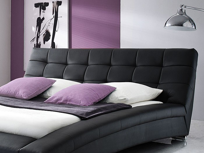 polsterbett schwarz bett 180x200 kunstlederbett bettgestell designerbett emilo ebay. Black Bedroom Furniture Sets. Home Design Ideas