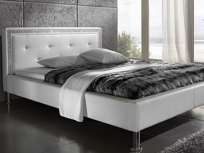 polsterbett 140x200 wei cannes swarovski strass lifestyle bett textilleder ebay. Black Bedroom Furniture Sets. Home Design Ideas