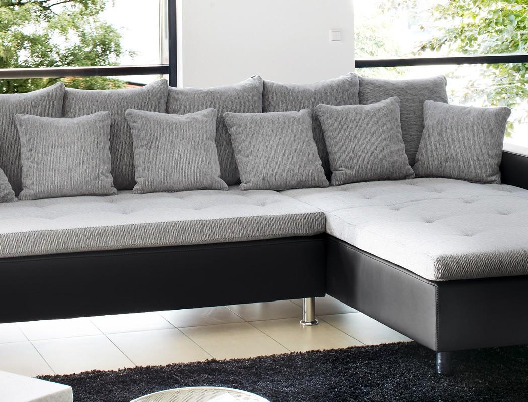 Eckcouch madeleine 326x213 cm hellgrau schwarz for Sofa wohnlandschaft