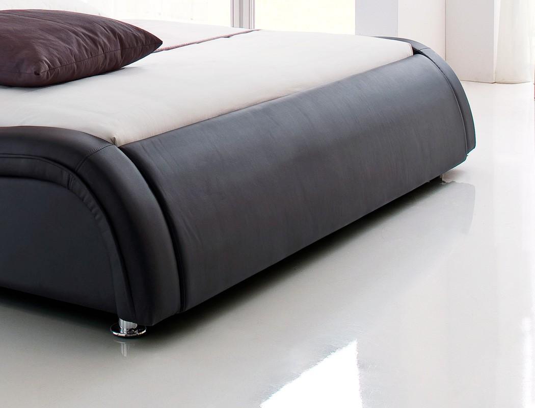 polsterbett bett soraja schwarz kunstlederbett bettgestell. Black Bedroom Furniture Sets. Home Design Ideas