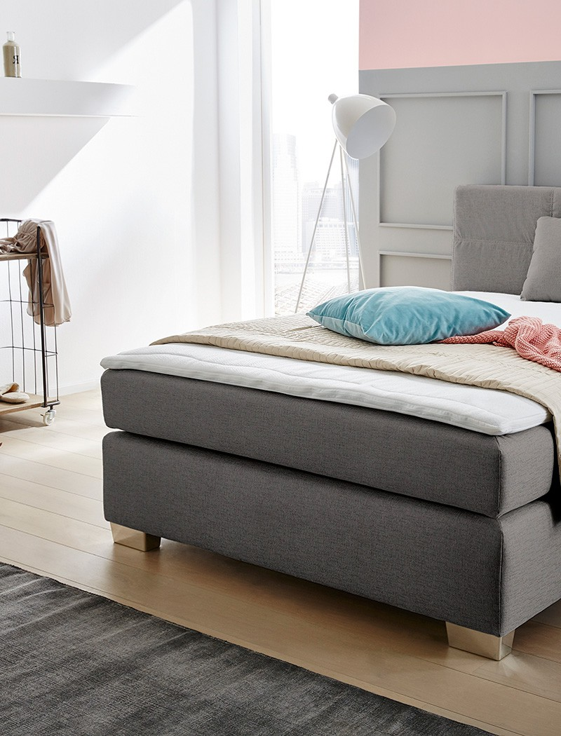 boxspringbett evin 140x200 cm grau mit topper und kissen. Black Bedroom Furniture Sets. Home Design Ideas