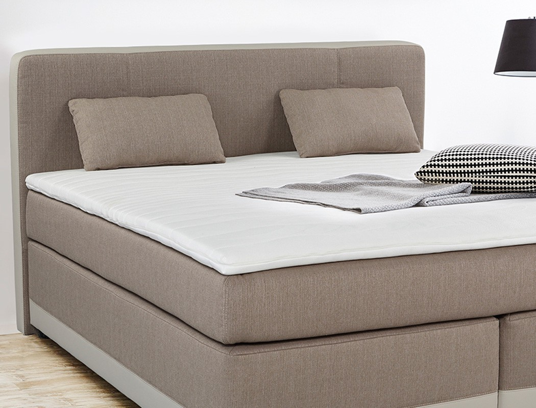 boxspringbett tiana 180x200 cappuccino mit topper kissen komfortbett wohnbereiche schlafzimmer. Black Bedroom Furniture Sets. Home Design Ideas
