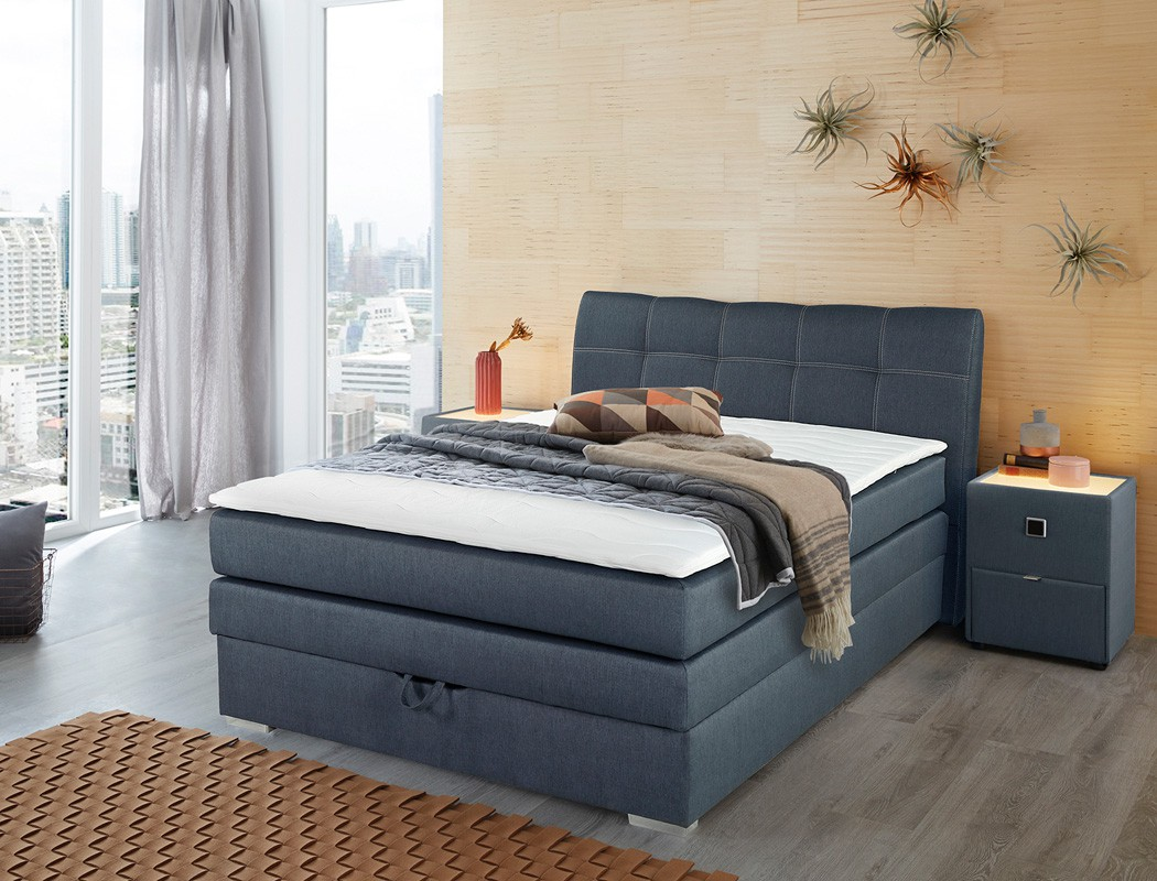 boxspringbett amalina 140x200 blau nachttisch mit beleuchtung wohnbereiche schlafzimmer betten. Black Bedroom Furniture Sets. Home Design Ideas