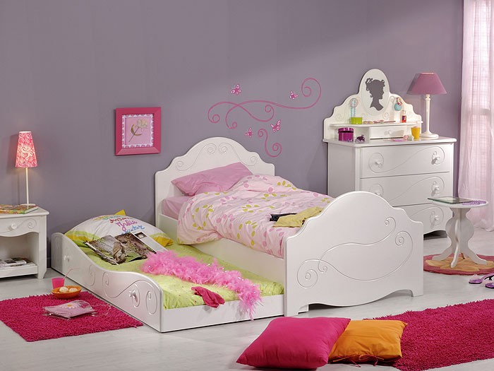 kinderzimmer anne 2 wei lackiert 6 teilig bett nako kommode hocker wohnbereiche kinder. Black Bedroom Furniture Sets. Home Design Ideas