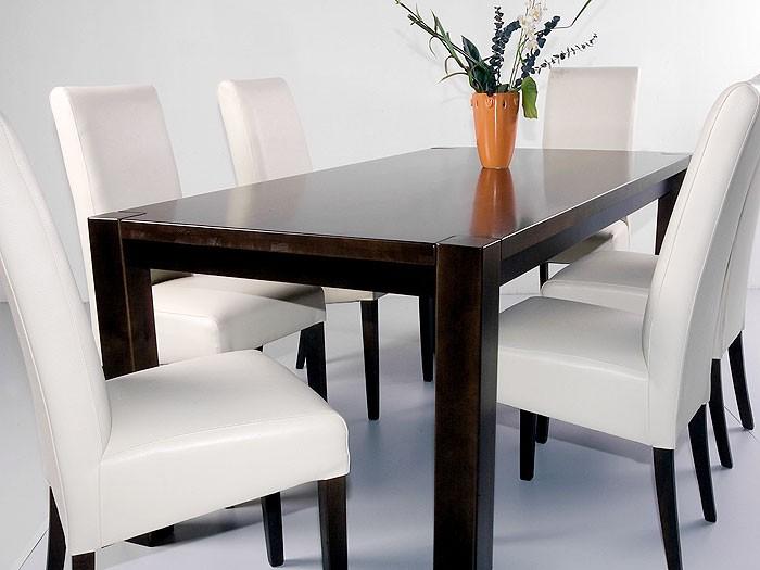 esszimmer kolonial esszimmer kolonial modernes haus. Black Bedroom Furniture Sets. Home Design Ideas