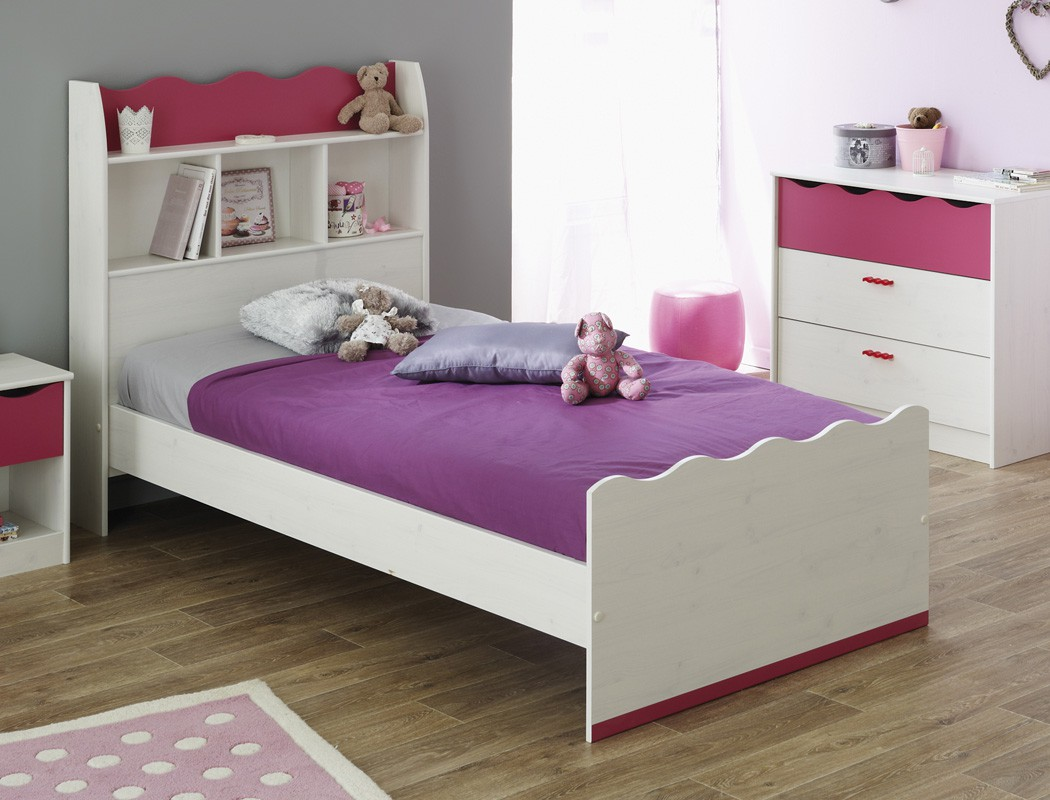 kinderzimmer m dchen wei pink kleiderschrank bett. Black Bedroom Furniture Sets. Home Design Ideas